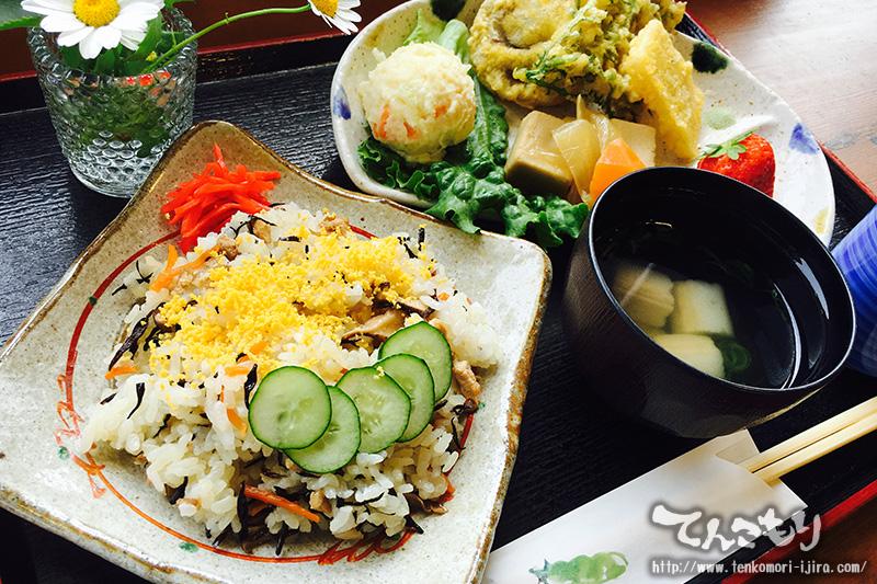 日替わりランチ 四季彩ごはん ちらし寿司